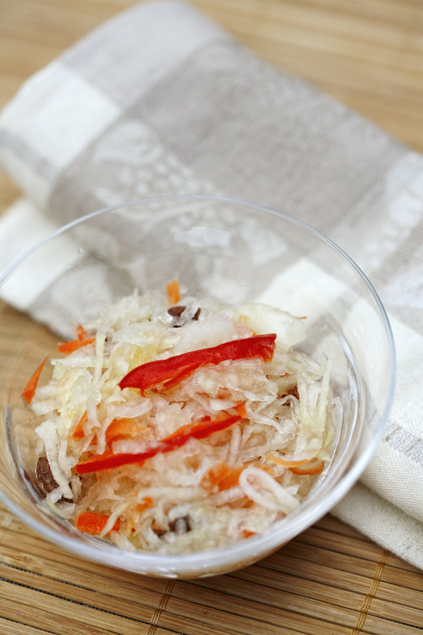 achara or pickled green papaya